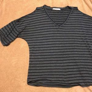 Cut out shoulder T-shirt